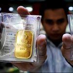Dolar AS Tekan Harga Emas ke Level Terendah dalam 2 Pekan