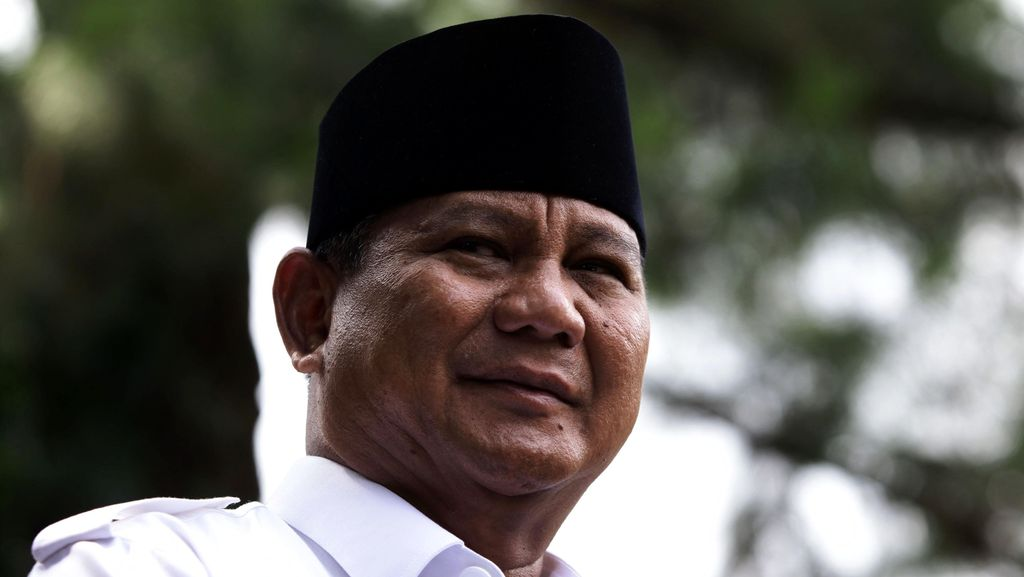 Prabowo Baca Tulisan 'RI Bubar 2030' dari Intelek Luar Negeri