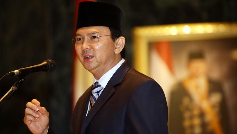 Aksi Ahok Hadapi Pemberontakan Ketua RT RW Tolak Aplikasi Qlue