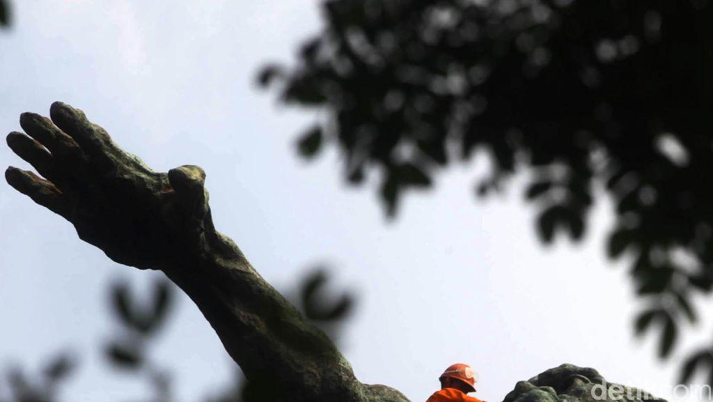 Terungkap Tampang Patung Pancoran Berkat Drone