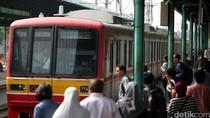 Ada Kereta Bandara, PT KCI Tambah Rangkaian KRL Duri-Tangerang