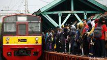 Ada Rel Patah, Perjalanan KRL Bogor-Jakarta Terganggu