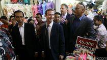 Gaya Jokowi Ajak Presiden, Bos Facebook, hingga Bos IMF Blusukan