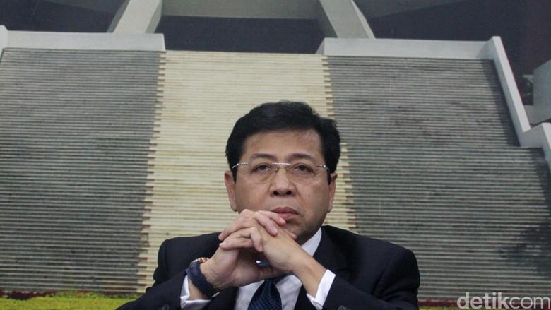 Setya Novanto Ditarik dari Kursi DPR, Siapa Penggantinya?