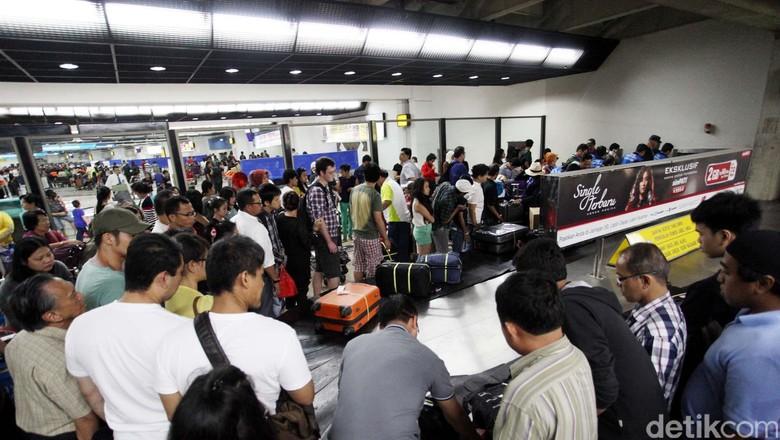Batas Barang Belanja dari Luar Negeri US$ 250 Sudah Tak Layak