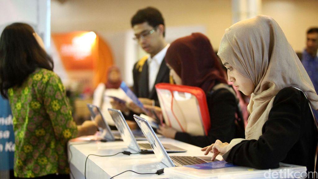 Ini Cara Jokowi Tingkatkan Kualitas Tenaga Kerja di Era Digital
