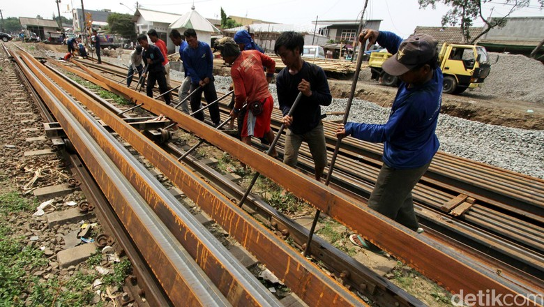 Jokowi Geram Soal Rel Kereta Sulsel, Menhub: Targetnya 40 Km di 2018