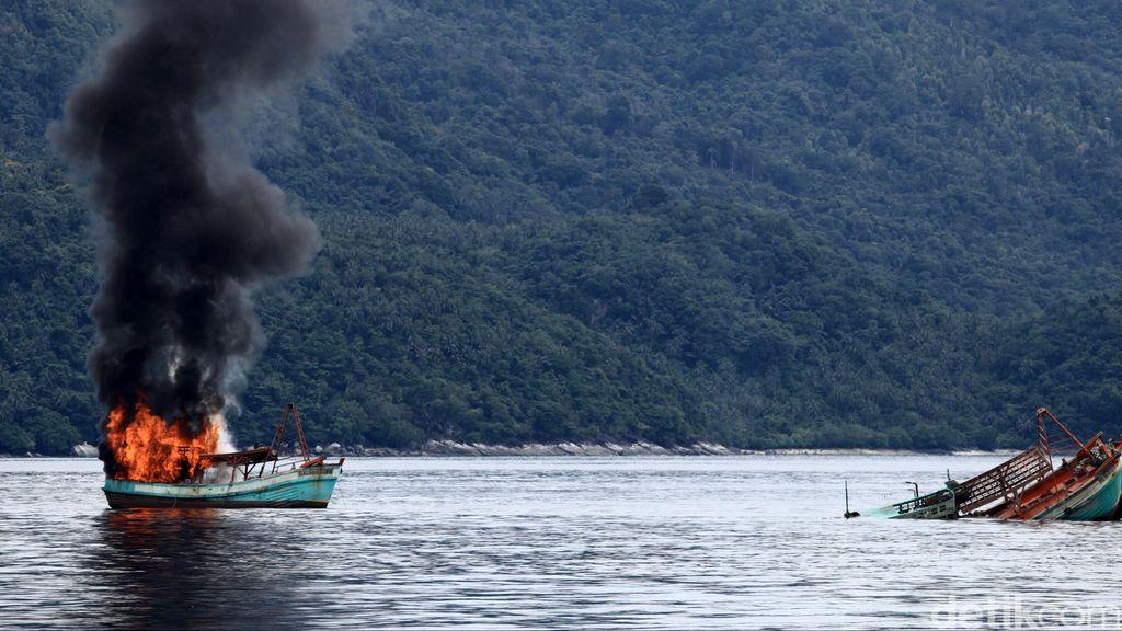 Pengusaha Serahkan Kebijakan Penenggelaman Kapal ke Susi