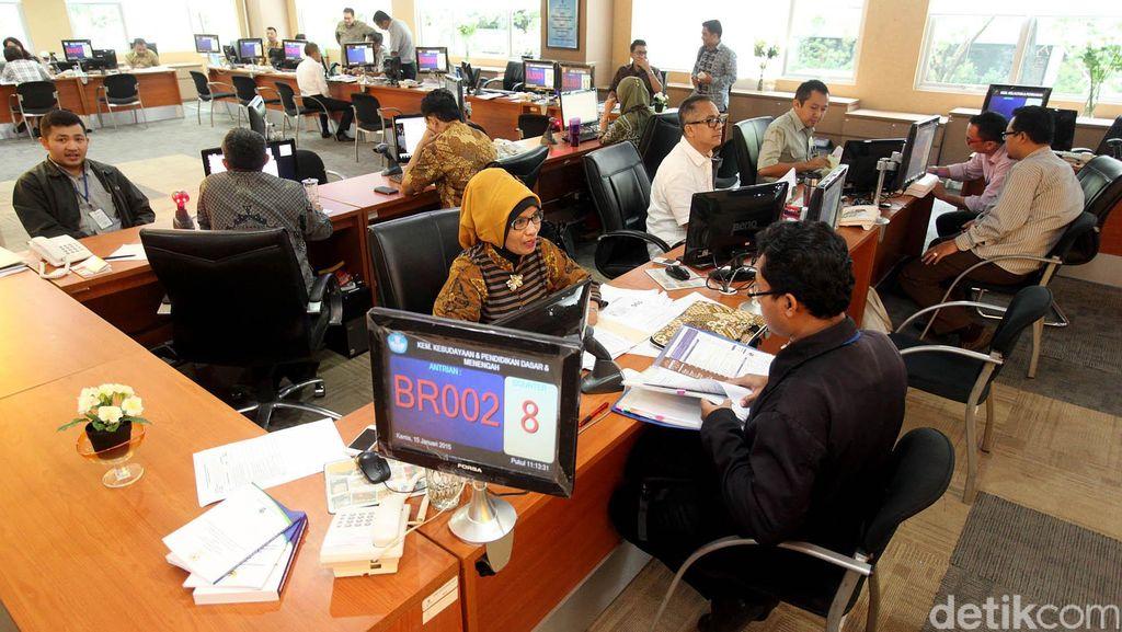 Jokowi Bikin Satgas Percepatan Izin Usaha, untuk Apa?