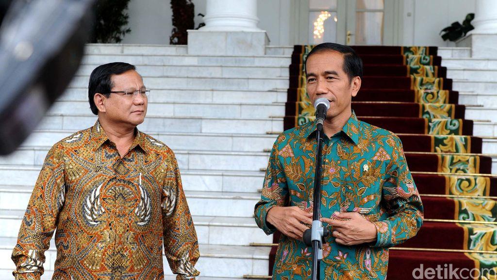 Survei: Elektabilitas Jokowi di Jatim 58,7%, Prabowo 26,7%