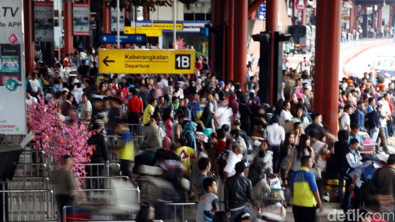Pengamanan Bandara Cengkareng Diperketat, Kendaraan yang Masuk Diperiksa