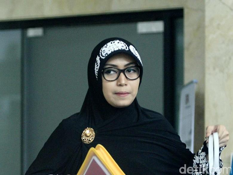 Uang Cash Miliaran Rupiah Istri Fuad Amin Juga Ikut Dirampas