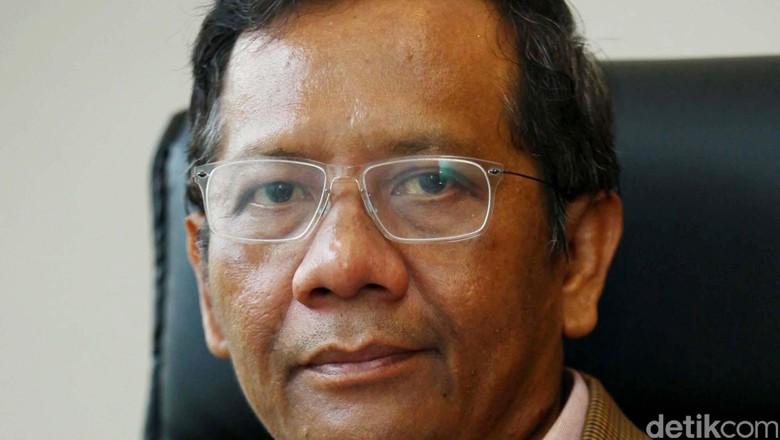 Temui Presiden, Mahfud MD Usulkan Jokowi Rekonsolidasi KUHAP
