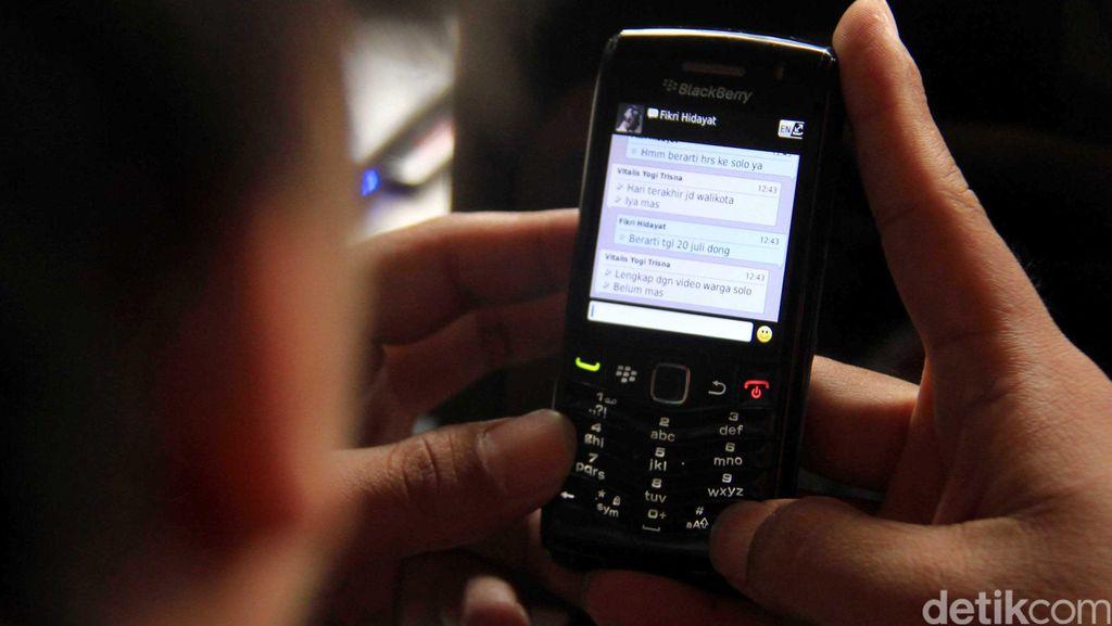Hukum Operator Miliaran karena Kartel Tarif SMS, MA Dipuji
