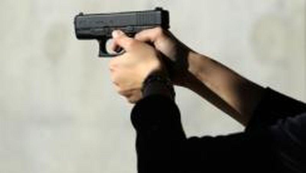 Berebut Main Game, Bocah 9 Tahun Tembak Kakaknya hingga Tewas