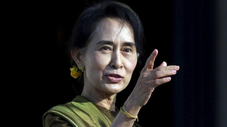 Tolak Mengecam Suu Kyi, Pemimpin Senat AS: Dia Harapan Terbesar Kita