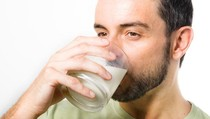 Minum Susu Tanpa Pasteurisasi, Apa Bahayanya?