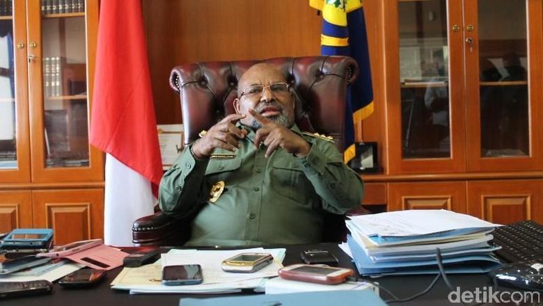 Gubernur Papua Beri Penjelasan Soal Disiplin Pejabat Daerah yang Disorot