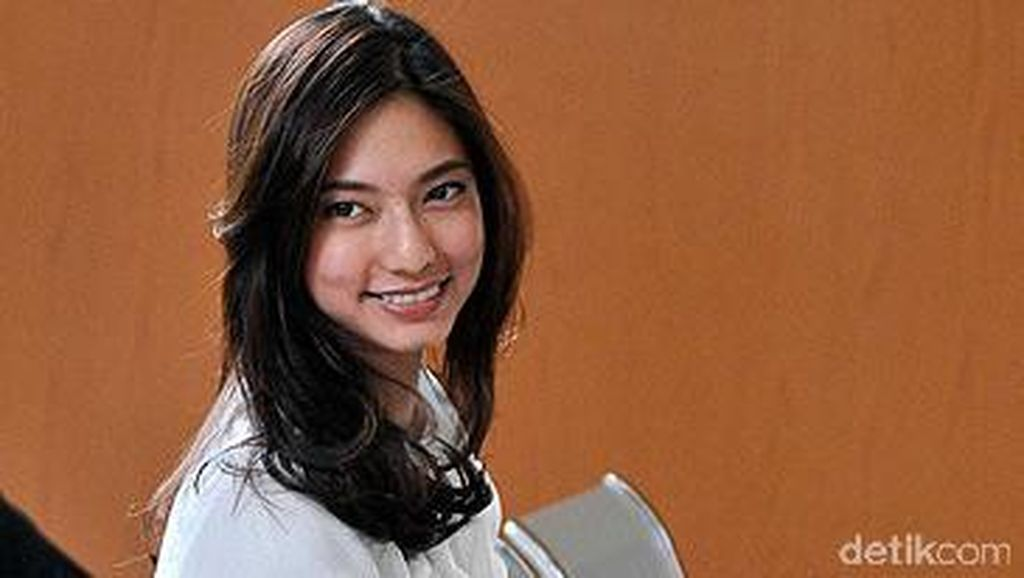 Pengacara Nadia Saphira Protes KPK Tak Izinkan OC Kaligis Dijenguk