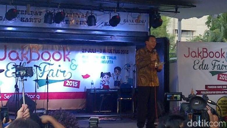 Ahok Minta Maaf ke Pengunjung JakBook & Edu Fair 2015 yang Kecewa