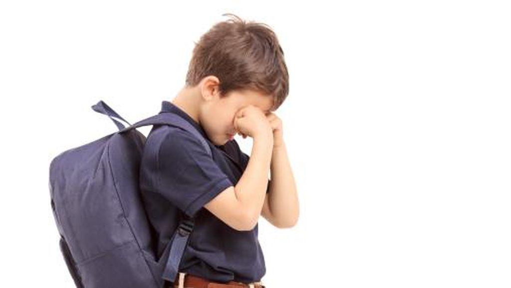 Mengatasi Anak yang Tidak Mau Pergi Sekolah