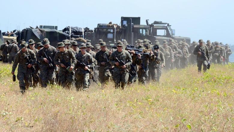 Marinir Gelar Latihan Bersama dengan US Marine di Situbondo