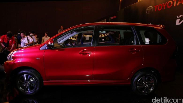 Toyota Pertimbangkan Pasang Hybrid di Innova, Avanza