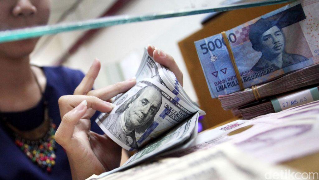 Lanjutkan Pelemahan, Dolar AS Sekarang Rp 13.525