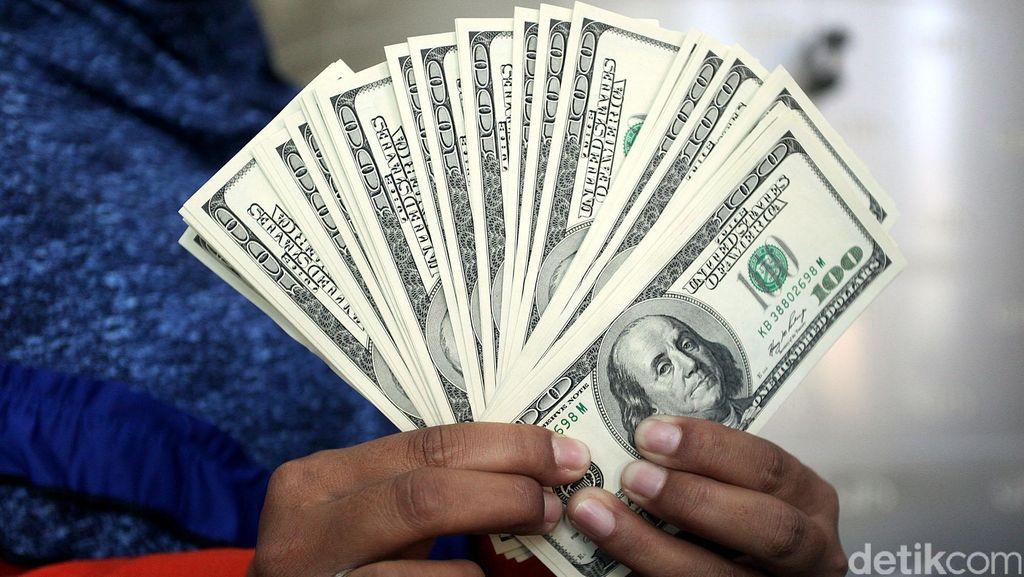 Tenang! Bukan Hanya Rupiah, Mata Uang Regional Asia pun Jeblok
