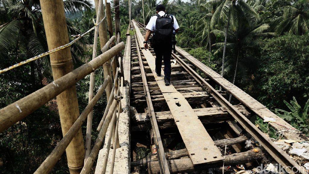 Rencana Hidupkan 1.600 Km Rel Mati di Jawa
