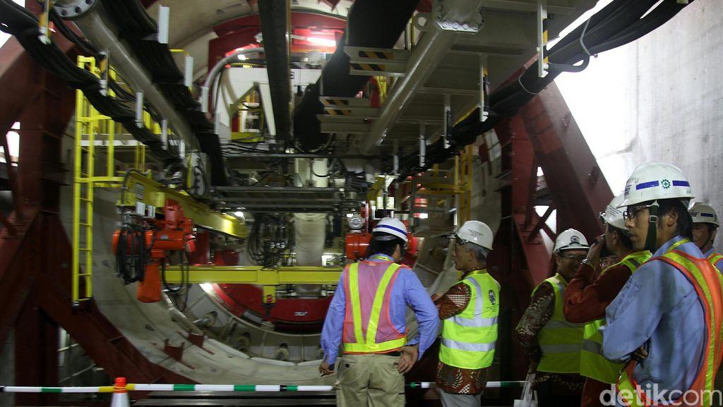 Kecepatan Bor MRT Lubangi Perut Jakarta 8 Meter/Hari