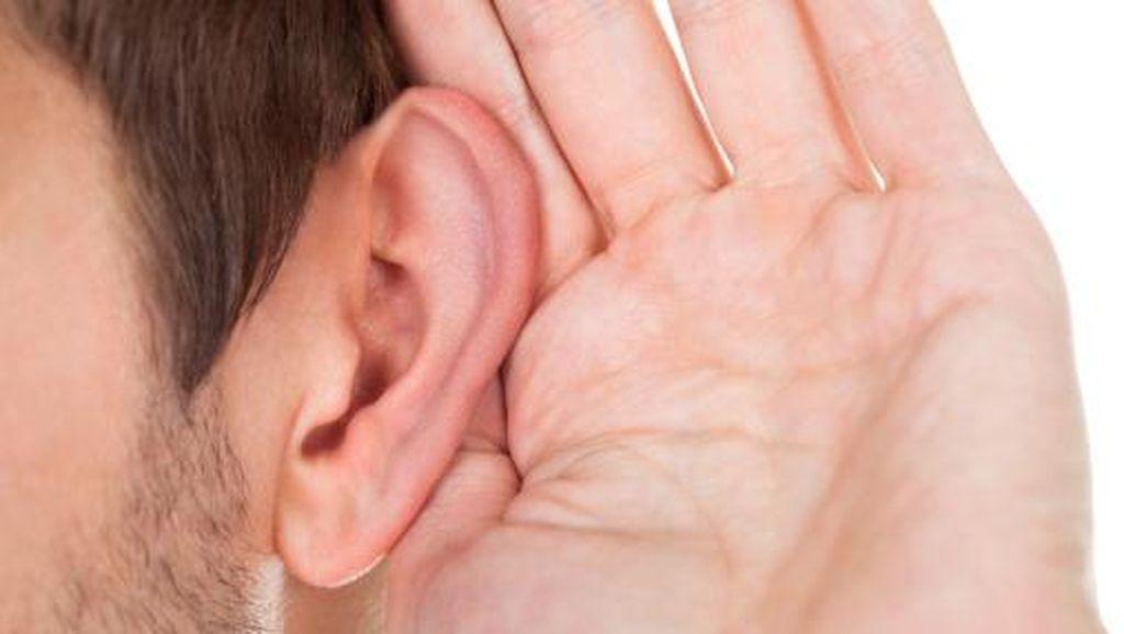 Masih Nggak Percaya Earphone Bisa Bikin Tuli? Simak Dulu Komentar Pakar