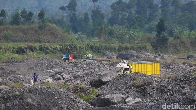 Rapat dengan Kapolda Jatim, DPR Soroti Penuntasan Kasus Tambang di Lumajang