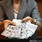 Dolar Tembus Rp 13.600 Lagi