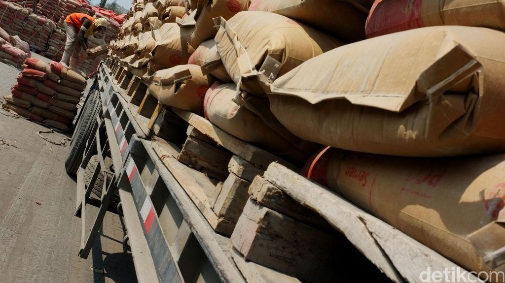 Aksi Spekulan Ikut Naikkan Harga Semen di Papua Rp 2 Juta/Sak