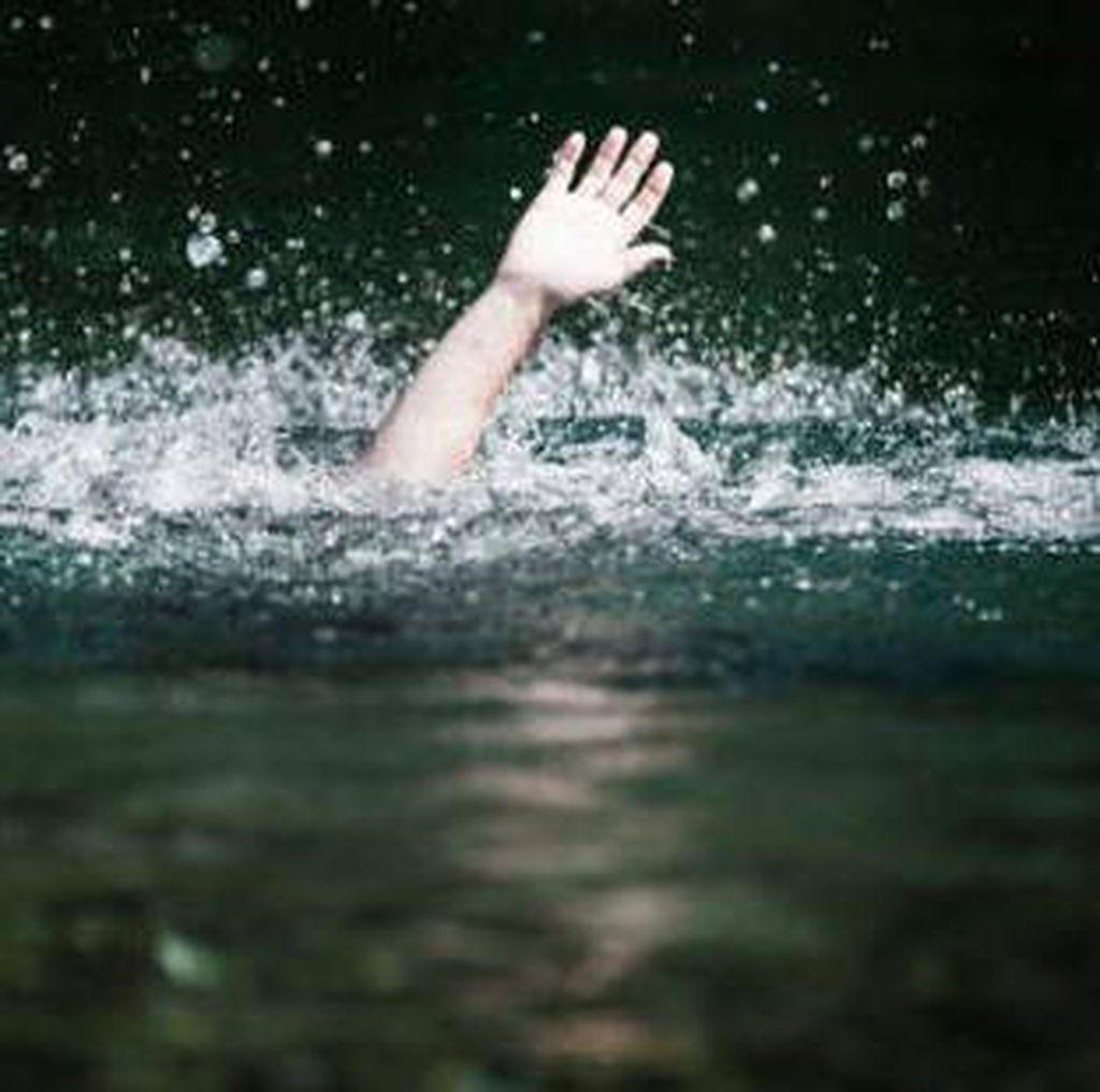 Empat Wisatawan Hilang Diduga saat Berenang di Curug Teko Garut