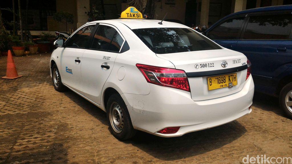 Begini Pergerakan Saham Taksi Express yang Mau PHK Karyawan