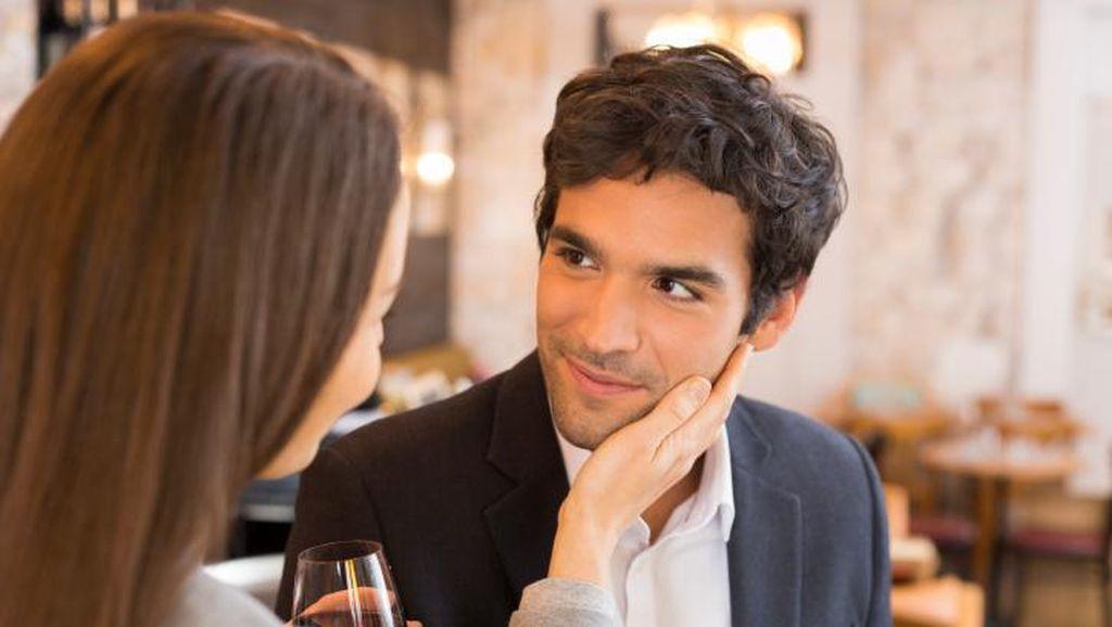 Kemauan untuk Disentuh Berkaitan dengan Jauh Dekatnya Hubungan Seseorang