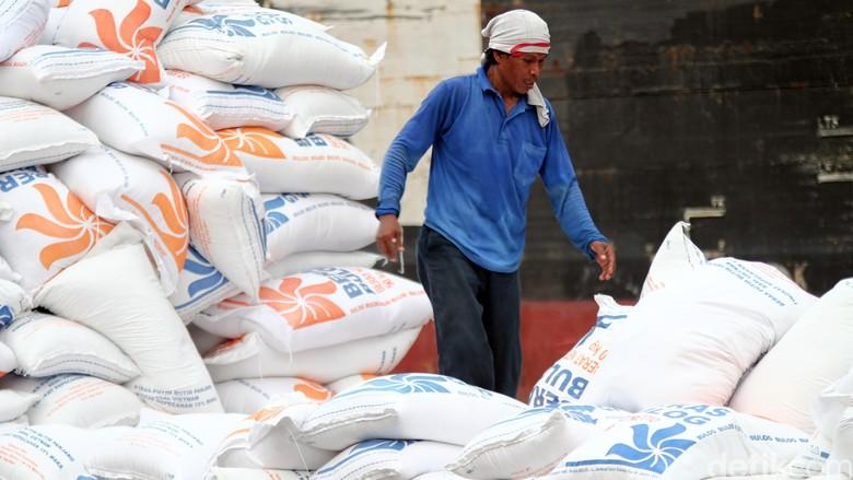 Hari Ini 30 Ribu Ton Beras Impor dari Thailand Masuk Indonesia