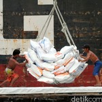 RI Impor Beras 500.000 Ton, Darmin: Minggu Depan akan Berjalan