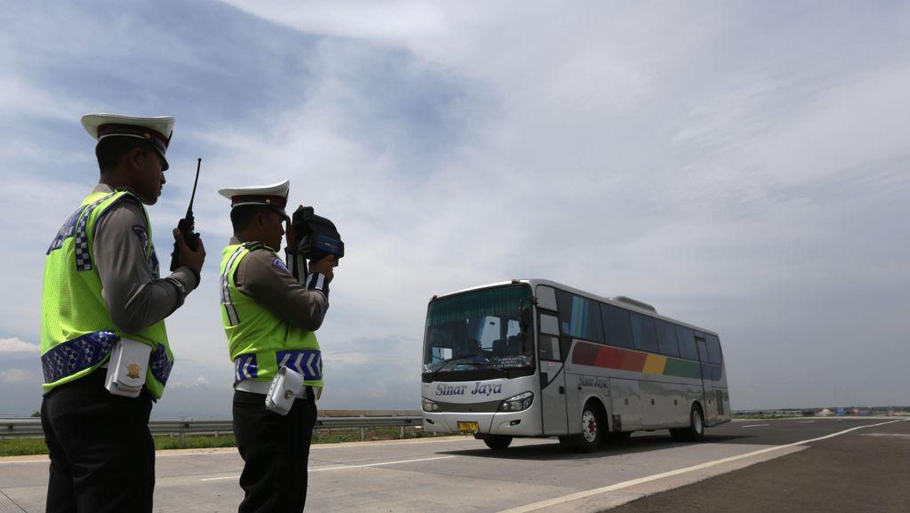 Operator Tol Cipali: Kendaraan Gol I Suka Ngebut Melebihi Batas Kecepatan Maksimal