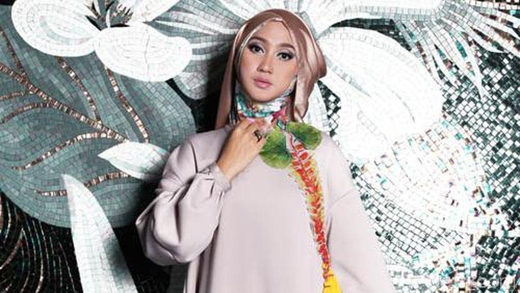 5 Desainer Busana Muslim yang Bersinar di 2017