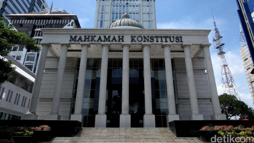 MK Tolak Gugatan UU Tax Amnesty