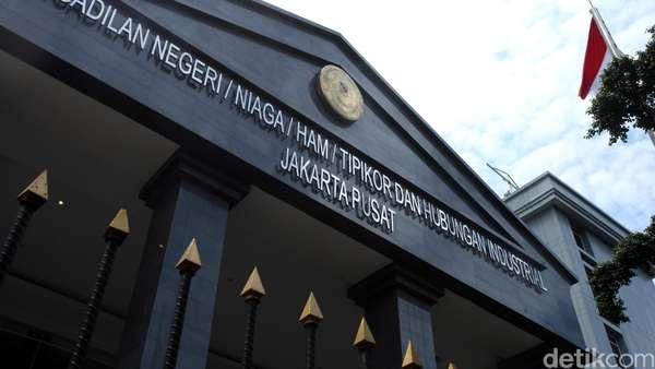 Hakim Bingung Made Oka Mengaku Lupa Pengiriman Duit e-KTP