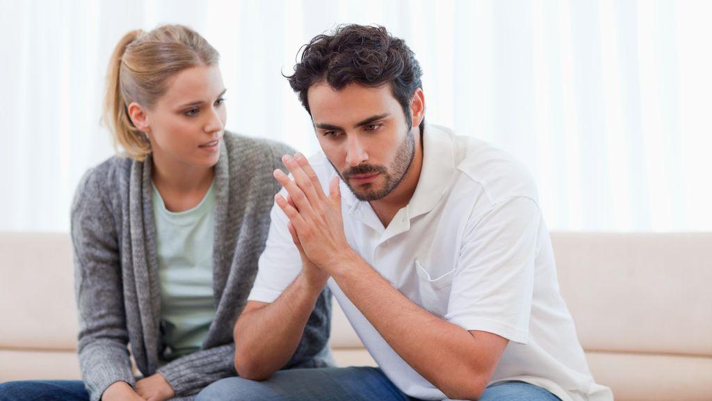Saran Pakar Cinta Untuk Mengatasi Kecemburuan yang Berlebihan