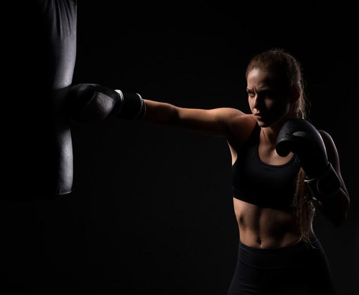 Menurut Rachel Lang, seorang ahli astrologi, pemilik bintang Taurus cenderung memilih olahraga yang membentuk kekuatan. Pilates sangat cocok untuk mereka. Dan karena tidak takut sendirian, jogging santai di alam juga akan memberikan lebih banyak manfaat. Pilihan lain? Lang menyarankan olahraga bela diri. Foto: Thinkstock