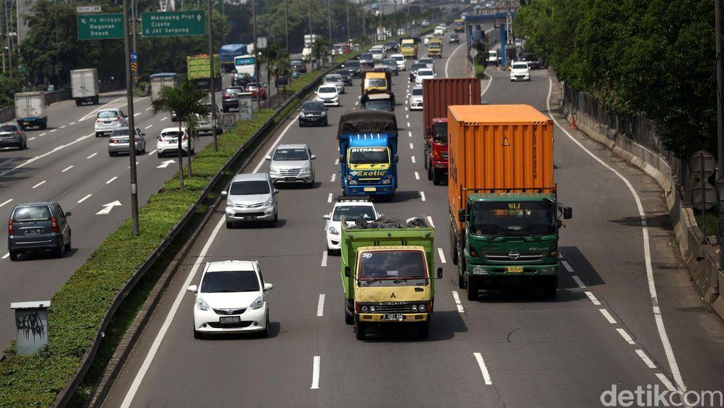 Pengusaha Siap-siap Truk Non Sembako Dilarang Lewat Tol H-4 Lebaran