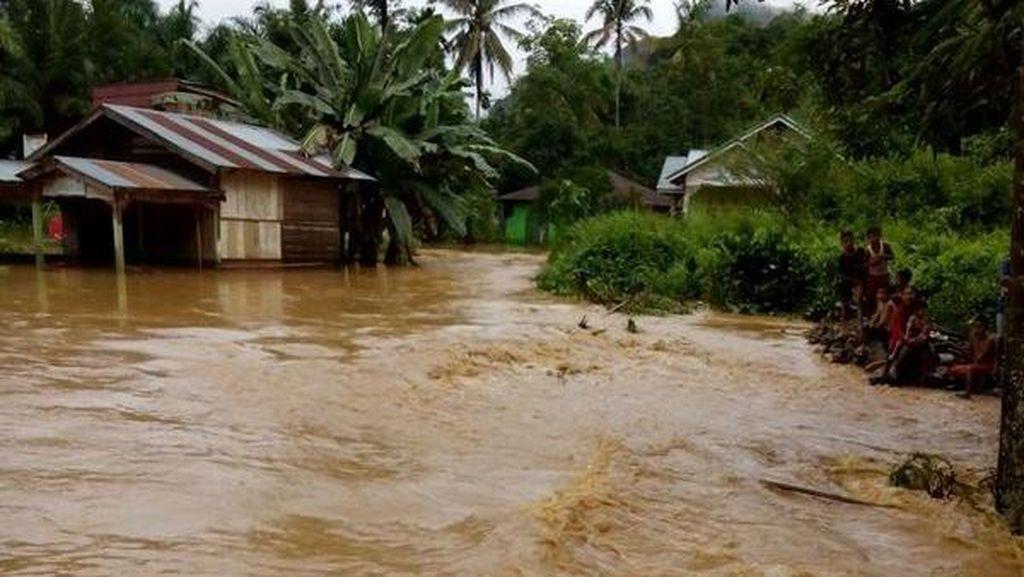 Sederhana, Tapi Cara Ini Bisa Bantu Korban Banjir Jaga Kesehatannya