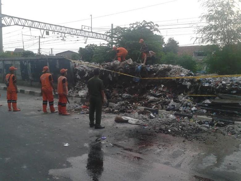 Korban Tewas dan Luka Akibat Tembok Roboh di Manggarai Dibawa ke RSCM