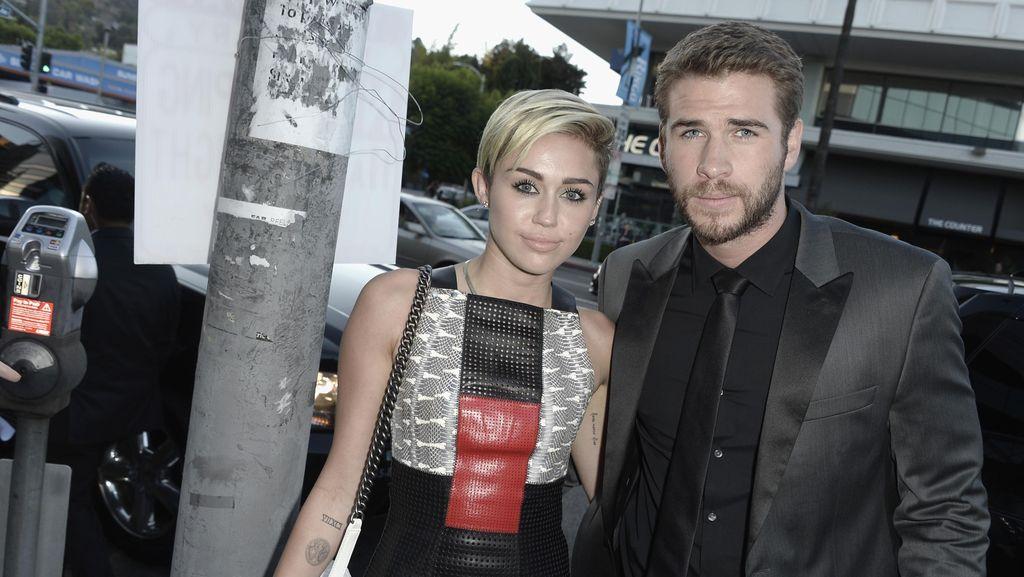 Liam Hemsworth Berikan Kado Ulang Tahun Manis untuk Miley Cyrus